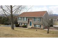 6057 Makala Court Germansville PA, 18053