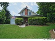 40 Sycamore Circle Hendersonville NC, 28791