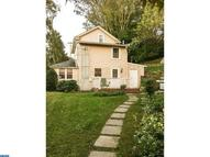2087 Dutton Mill Rd Newtown Square PA, 19073