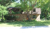 325 Indian Springs Dr Green Bay WI, 54302