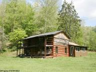 154 Lodge Lane Center Point WV, 26339