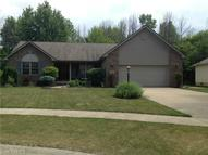 130 Queens Ct Sheffield Lake OH, 44054