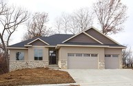 1685 Redbud Circle North Liberty IA, 52317