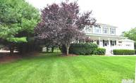 1120 Willow Dr Greenport NY, 11944