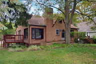 304 Orchard St Fox River Grove IL, 60021