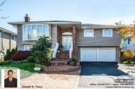 2482 Harbor Lane Bellmore NY, 11710