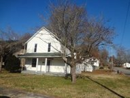 302 Morgan St Harriman TN, 37748
