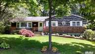 80 Saddle Rock Rd East Setauket NY, 11733