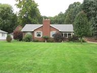 10659 Lincoln St Southeast East Canton OH, 44730