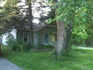 669 Lakeside Drive Waterford MI, 48328