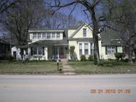 119 East 4th Ave Caney KS, 67333