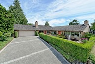 9628 Evergreen Dr Bellevue WA, 98004