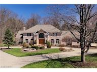6923 Hunting Hollow Ln East Hudson OH, 44236
