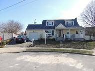 5 Cherry Ct Massapequa Park NY, 11762