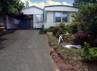 822 Wecoma Loop Florence OR, 97439
