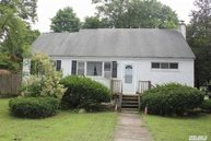 130 Locust Dr Rocky Point NY, 11778