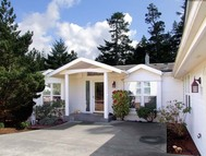 923 South Island Dr Florence OR, 97439