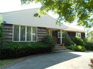 92 Bannister Ln Lawrence NY, 11559