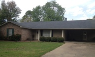 416 Fava Dr Greenville MS, 38701