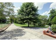 1309 N Dickinson Road Independence MO, 64050