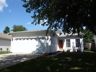 2519 Woodlawn Dr Charleston IL, 61920