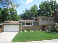 2518 4th St A East Moline IL, 61244
