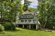 226 Golf Dr Buck Hill Falls PA, 18323