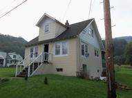 2064 South Sewell St Rainelle WV, 25962