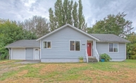 2950 38th Ave Ne Tacoma WA, 98422