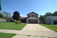5008 West Glenbrook Trail Mchenry IL, 60050