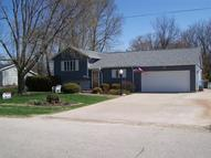 404 Flatiorn Dr Columbus Junction IA, 52738