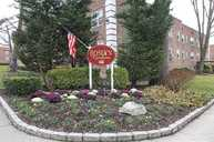 22 Edwards St 2d Roslyn Heights NY, 11577