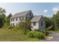 30 Page Ln Epping NH, 03042