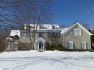 81 Kim Ln Long Valley NJ, 07853
