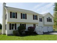 11 French Ct Merrimack NH, 03054