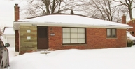 949 Harrington Mount Clemens MI, 48043
