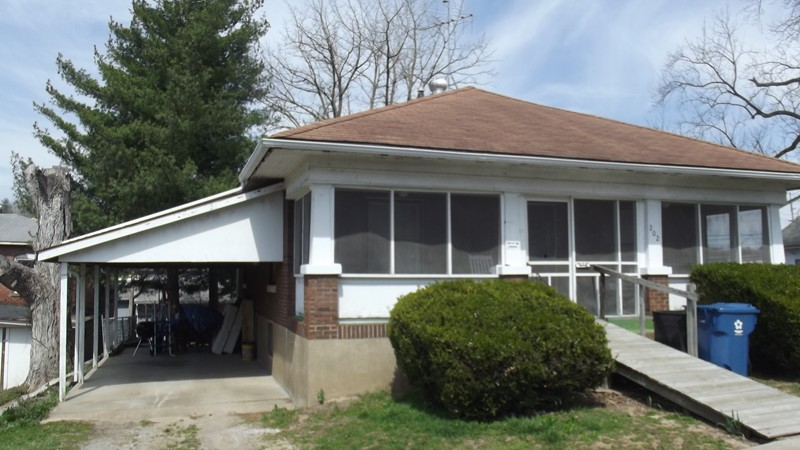 202 Charles Dongola IL, 62926