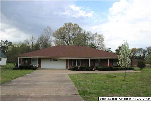 2405 Church Road West Horn Lake MS, 38637
