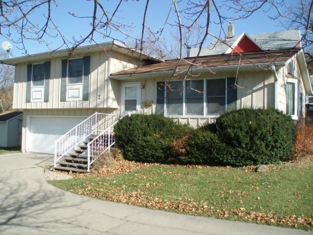 1627 4th Avenue Grinnell IA, 50112
