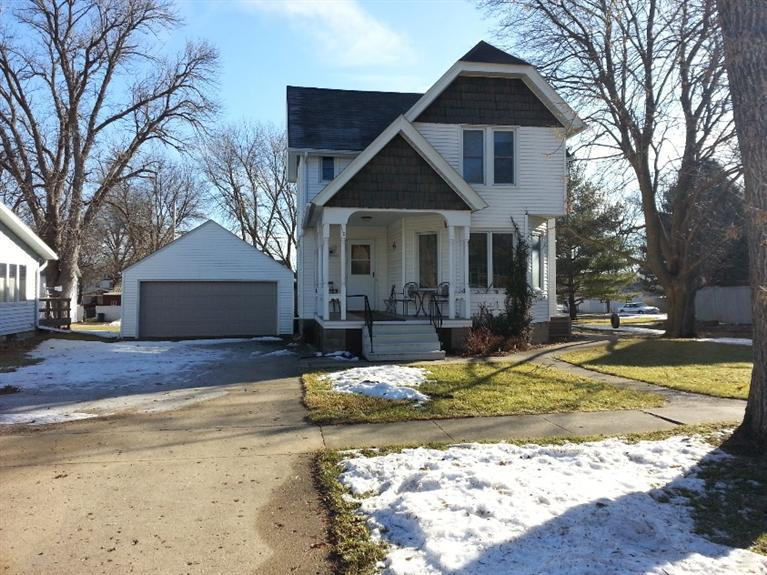 110 South Lubeck St Holstein IA, 51025