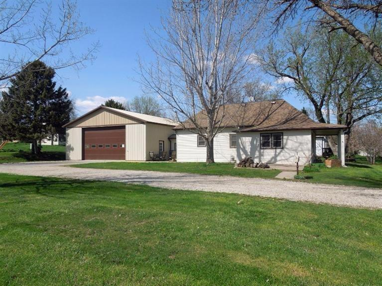 202 Des Moines St Shelby IA, 51570