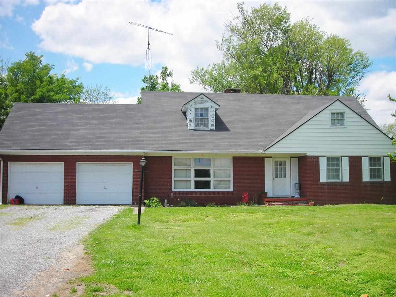243 St Rt 131 Mayfield KY, 42066