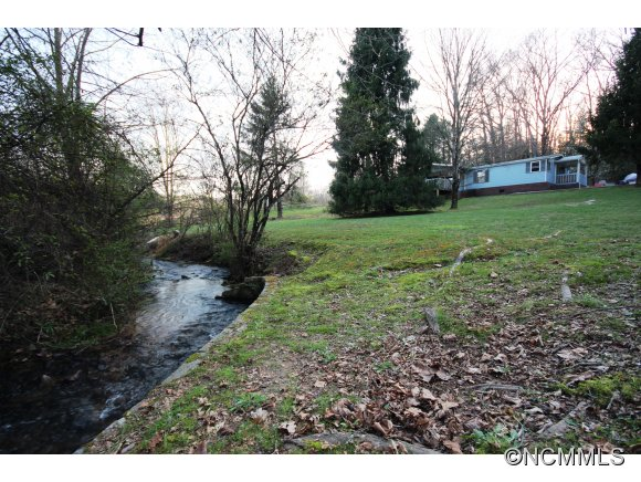 3250 Walnut Hollow Rd. Brevard NC, 28712